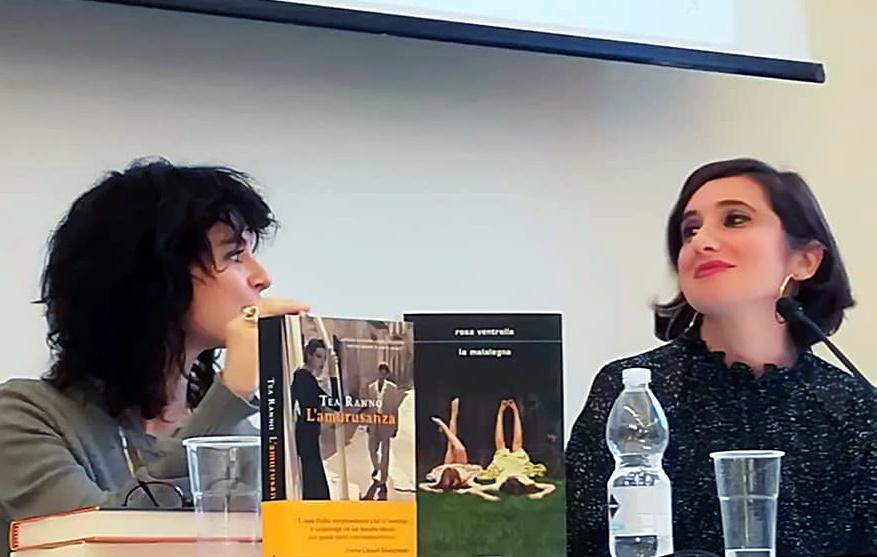 Rosa Ventrella durante la presentazione di La Malalegna