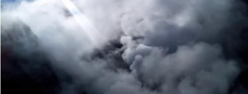 Il vulcano di via Pisciarelli, un pezzo di Solfatara a bordo strada [VIDEO]