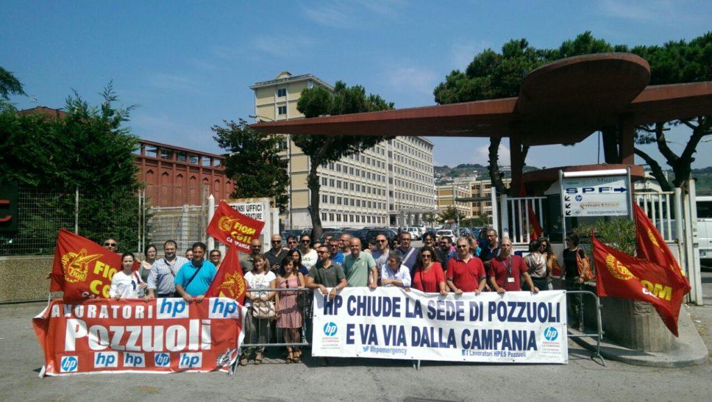 Vita da ufficio: in sciopero contro la chiusura di HP Pozzuoli