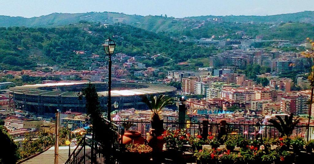 Lo stadio San Paolo fotografato da via Manzoni